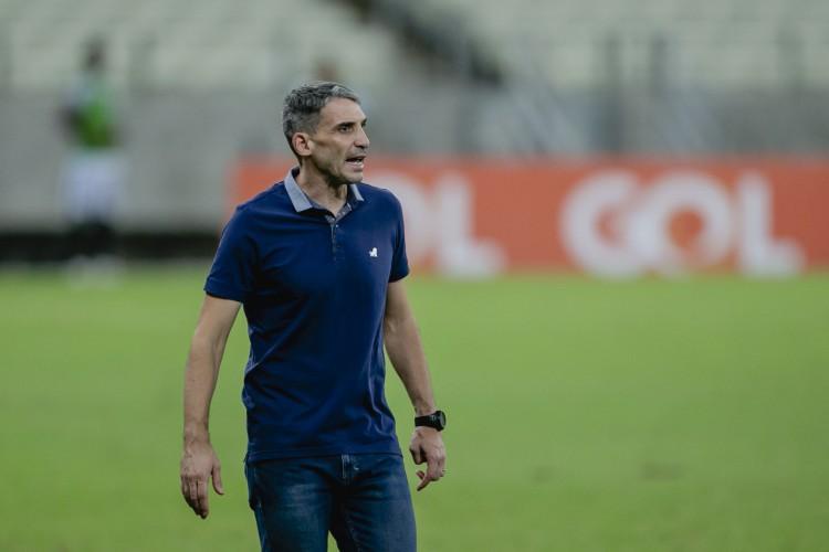 Juan Pablo Vojvoda, técnico do Fortaleza (Foto: Aurelio Alves)