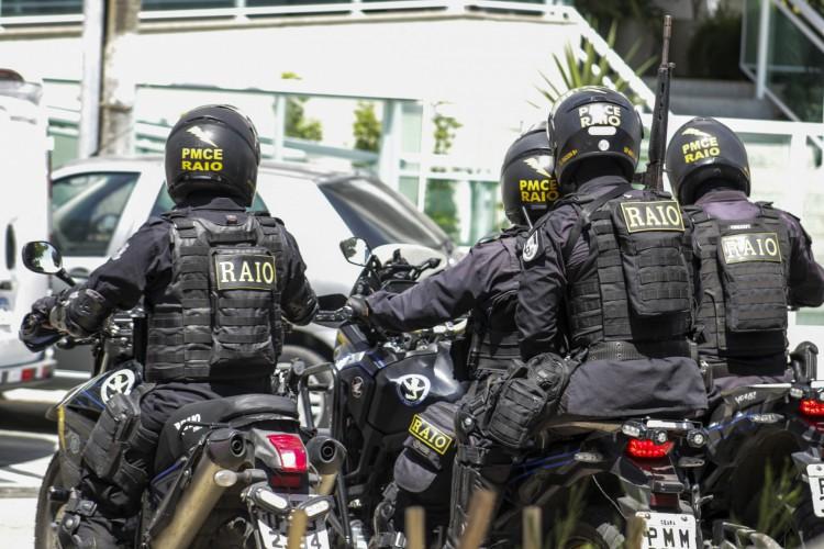 Motos do Policiamento de Rondas de Ações Intensivas e Ostensivas (Raio) (Foto: Thais Mesquita)