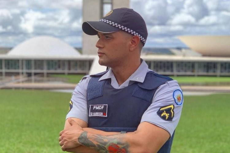 Policial publicou vídeo nas redes sociais. (Foto: Reprodução)