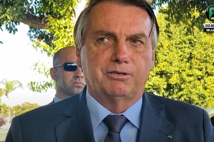 A fala foi dada em encontro com apoiadores na saída do Palácio da Alvorada (Foto: Foco do Brasil/Reprodução)