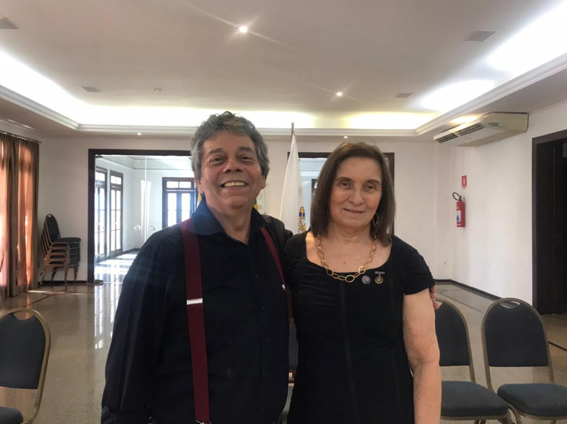 Edite, atual presidente, e Paulo Roberto Uchôa do Amaral, futuro presidente 2022/23