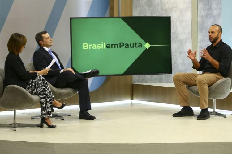 O secretário nacional de esportes de alto rendimento, Bruno Souza, participa do programa Brasil em Pauta. (Foto: Marcelo Camargo/Agência Brasil)