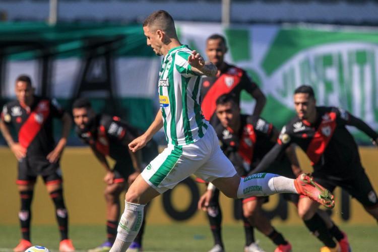 Juventude empata no fim contra o Atlético-GO: 1 a 1 (Foto: )