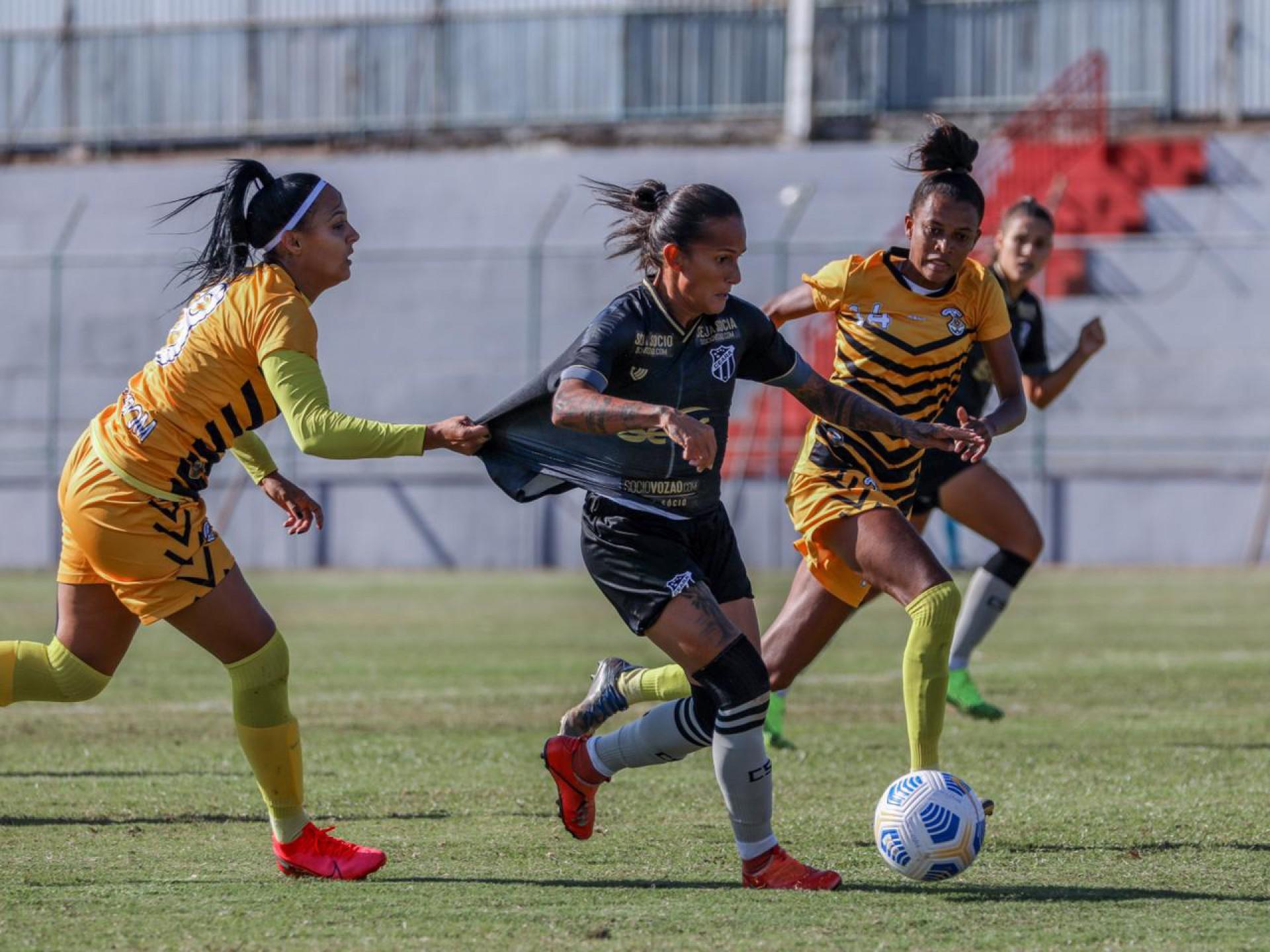 Cresspom conseguiu segurar o ímpeto do Ceará e ficou com a vaga na elite do futebol feminino brasileiro (Foto: Júlio César Silva/Ceará SC)