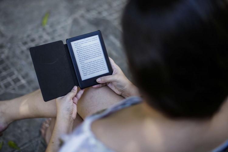 Prêmio Kindle de Literatura abre inscrições para romances originais de 15 de julho a 15 de setembro (Foto: Thais Mesquita/O POVO)