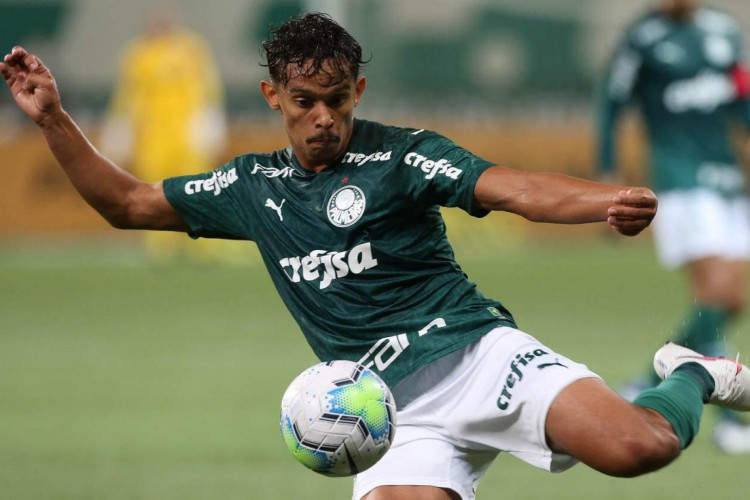 Gustavo Scarpa, meio-campista do Palmeiras. Saiba onde assistir os jogos de hoje do Verdão.  (Foto: Cesar Greco / Palmeiras)