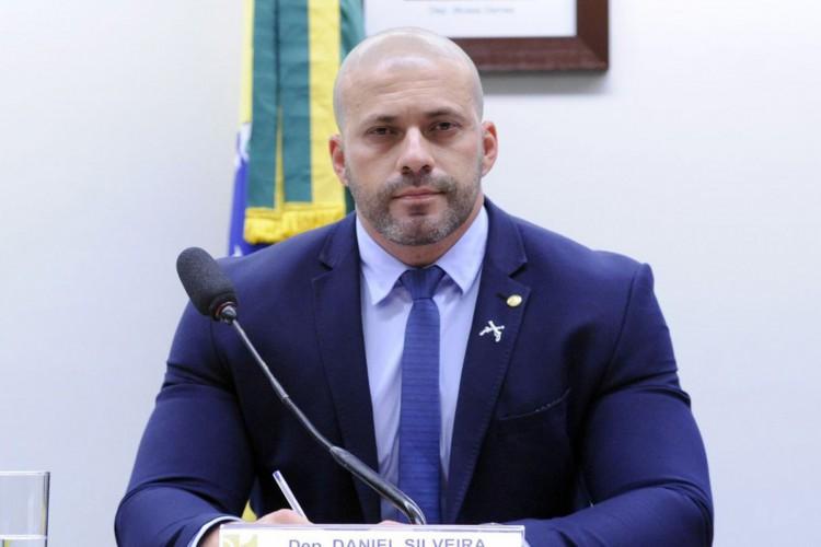 O deputado retornou à prisão devido ao uso inadequado do aparelho (Foto: Cleia Viana/Câmara dos Deputados)