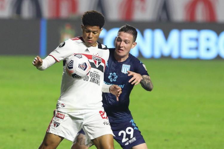 São Paulo fica no 1 a 1 com o Racing pela Libertadores (Foto: RUBENS CHIRI)