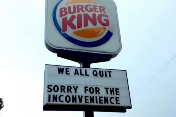 Demissão em massa de funcionários de um Burger King no Nebraska, nos EUA, viralizou. (Foto: Rachael Flores / Facebook)