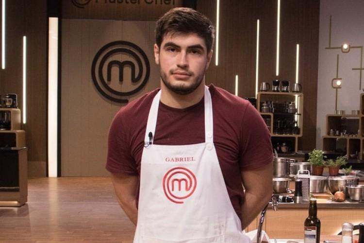Gabriel é o segundo eliminado do MasterChef Brasil 2021 (Foto: Carlos Reinis/Band)