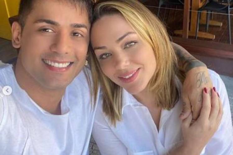 Mesmo decidido, o cantor afirmou que Tânia Mara foi contra a cirurgia de aumento peniano que ele desejava realizar (Foto: Reprodução/Instagram)