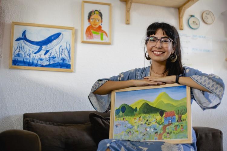"""Ana Anselmo decidiu na pandemia deixar o emprego fixo como pedagoga para dedicar-se à arte: """"Eu me sinto livre""""(Foto: Aurelio Alves)"""