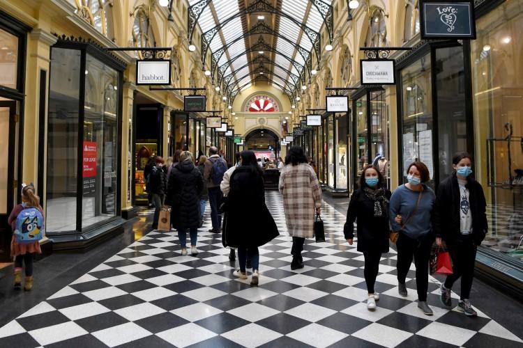 Distrito comercial central em Melbourne em 7 de julho de 2021 (Foto: William WEST / AFP)