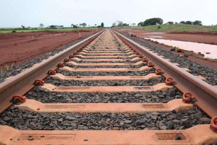 Rio Verde (GO) - Obras de implantação do Polo de Cargas do Sudoeste de Goiás da Ferrovia Norte-Sul, trecho Rio Verde-Santa Helena de Goiás (Beth Santos/Secretaria-Geral da PR) (Foto: Beth Santos/Secretaria-Geral da PR)