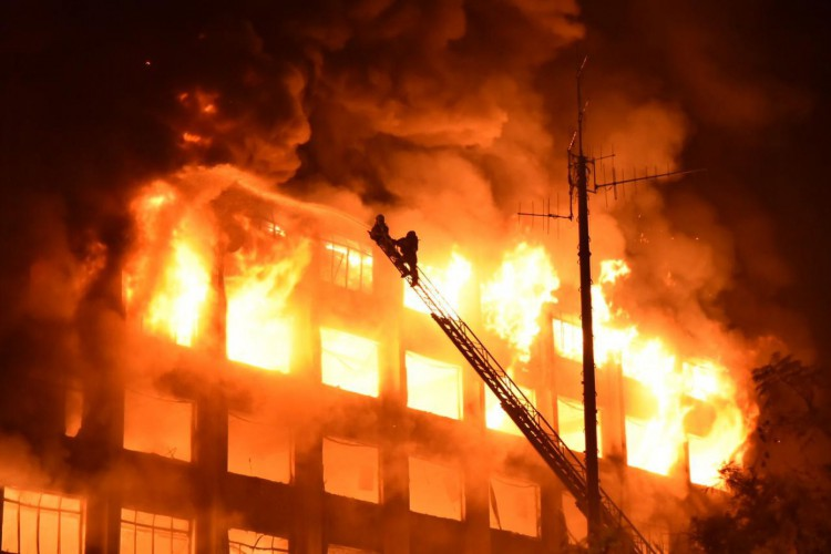 Incêndio aconteceu nessa quarta-feira, 14 (Foto: Rodrigo Ziebell/GVG/Divulgação)