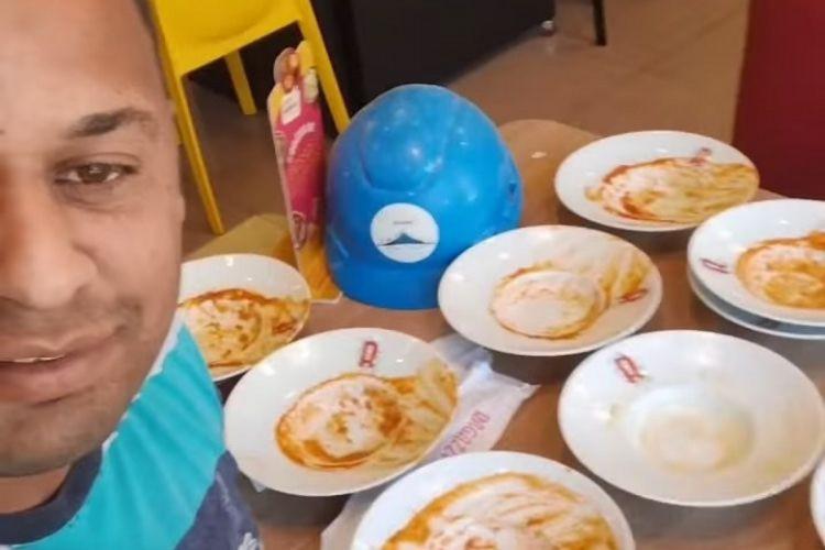 O homem disse que já foi expulso de outro estabelecimento por comer muito (Foto: Reprodução/Facebook)