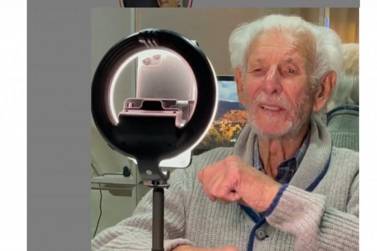 Vô Nelson morreu aos 91 anos. Ele fazia sucessos nas redes sociais em vídeos com a esposa (Foto: Reprodução/Instagram)