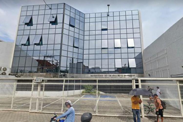 Superintendência Regional do Trabalho no Ceará (SRT), no Centro de Fortaleza (Foto: Google Street View)
