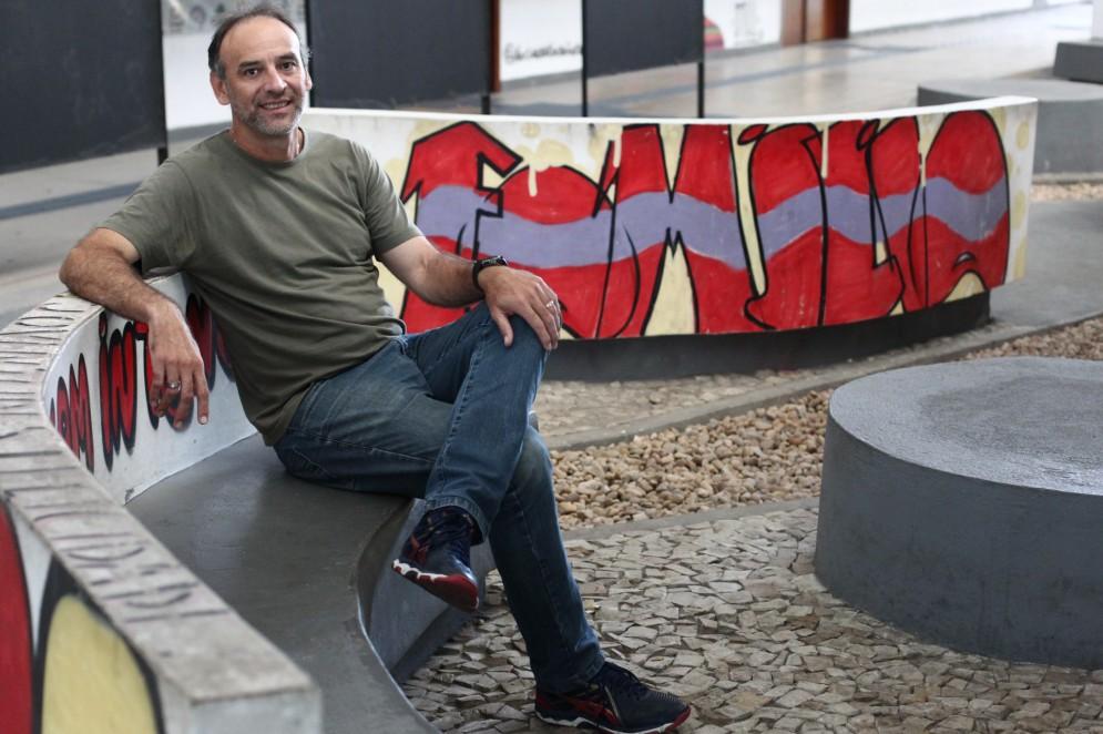 Márcio Araújo, ex-atleta olímpico é professor e dirige a Rede Cuca(Foto: FABIO LIMA)