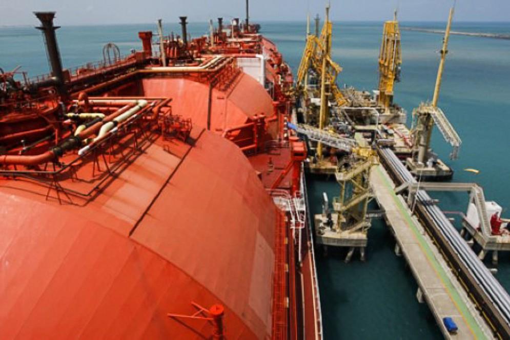 Terminal GNL da Petrobras deixou o Pecém em março e opera, hoje, na Bahia(Foto: Agência Petrobras)