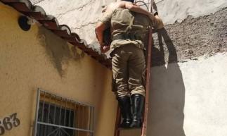 Subir nos telhados sem experiência e equipamentos pode causar acidentes, diz CBMCE
