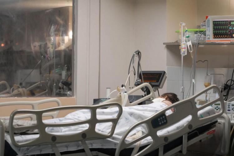 A ocupação total em enfermarias atualmente é de 28,89% (Foto: Marcello Casal Jr/Agência Brasil)