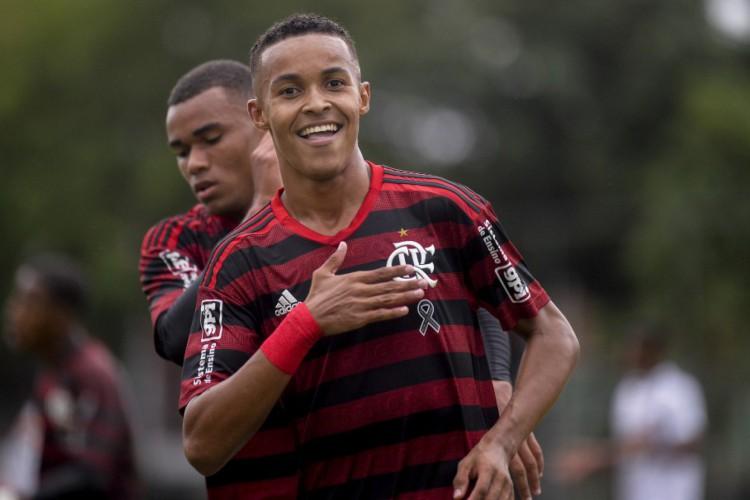 O Flamengo enfrenta o Botafogo pelo Brasileirão sub-20. Saiba onde assistir (Foto: Divulgação/CBF)
