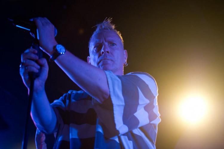 Johnny Rotten não quer conceder os direitos autorais das músicas do Sex Pistols à série  (Foto: Ed Jones/ AFP)