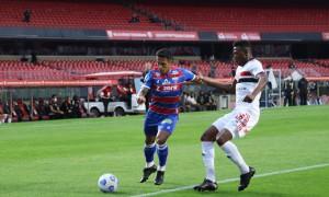 Fortaleza faz história no Morumbi e Ceará vence na hora certa