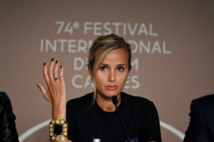 Julia Ducournau levou a Palma de Ouro por 'Titane', seu segundo longa-metragem