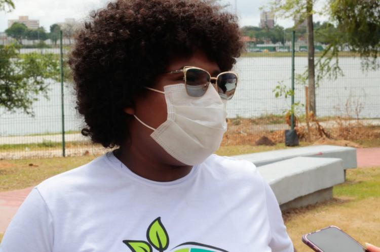 Emely Barbosa, de 19 anos, graduanda em Economia Ecológica pela Universidade Federal do Ceará (UFC).