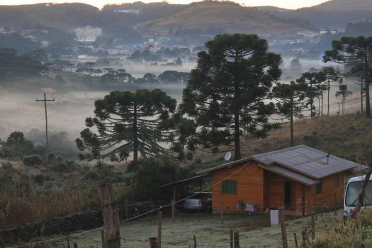 Frente fria avança sobre Sul e Sudeste do país (Foto: )