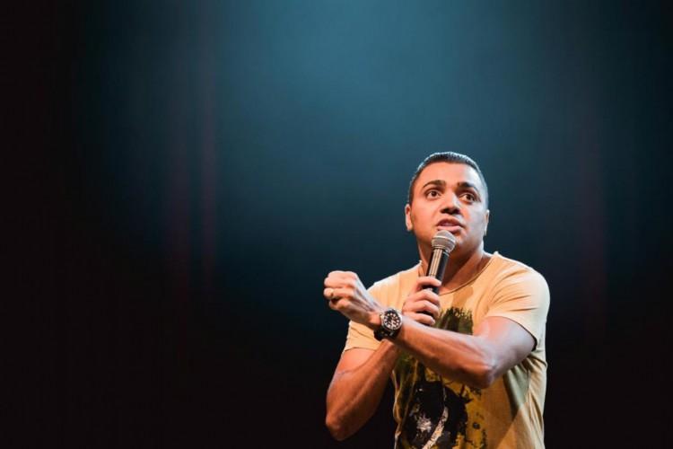 Humorista Tirullipa pediu segunda chance a DJ Ivis, preso por violência doméstica (Foto: Divulgação)