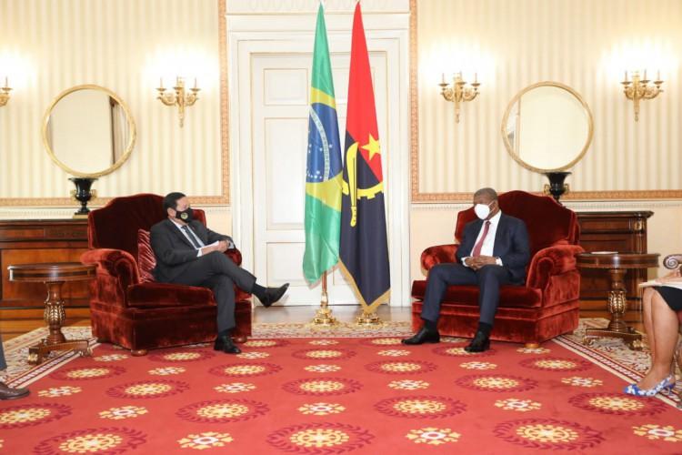 O vice-presidente participou no sábado, 17, da XIII Conferência de Chefes de Estado e de Governo da Comunidade dos Países de Língua Portuguesa (CPLP), em Luanda, Angola (Foto: Reprodução/Metrópoles)