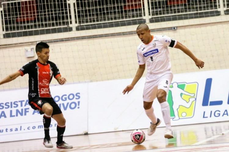 LNF: Joinville-SC e Carlos Barbosa-RS empatam em duelo de viradas (Foto: )