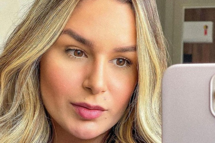 Imagens fortes de Pamella Holanda sendo agredida pelo ex-marido, o DJ Ivis, foram divulgadas no último fim de semana  (Foto: Reprodução/Instagram)