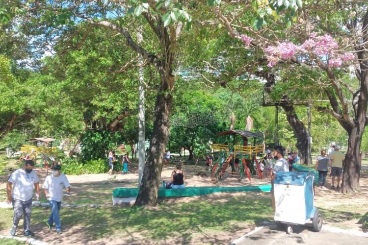 O primeiro domingo (18 de julho) de retomada das atividades do projeto Viva o Parque em 2021 foi movimentado (Foto: Catalina Leite / O POVO)