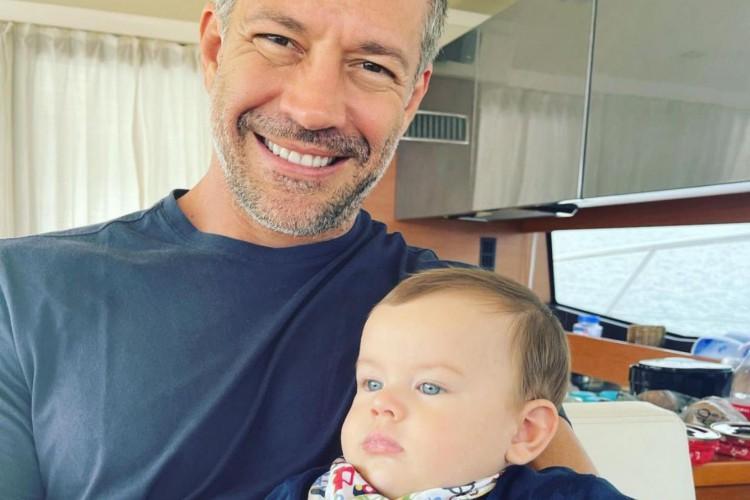 Malvino Salvador e o filho, Rayan, em férias na Ilha Grande, em Angra dos Reis (Foto: Reprodução/Instagram)