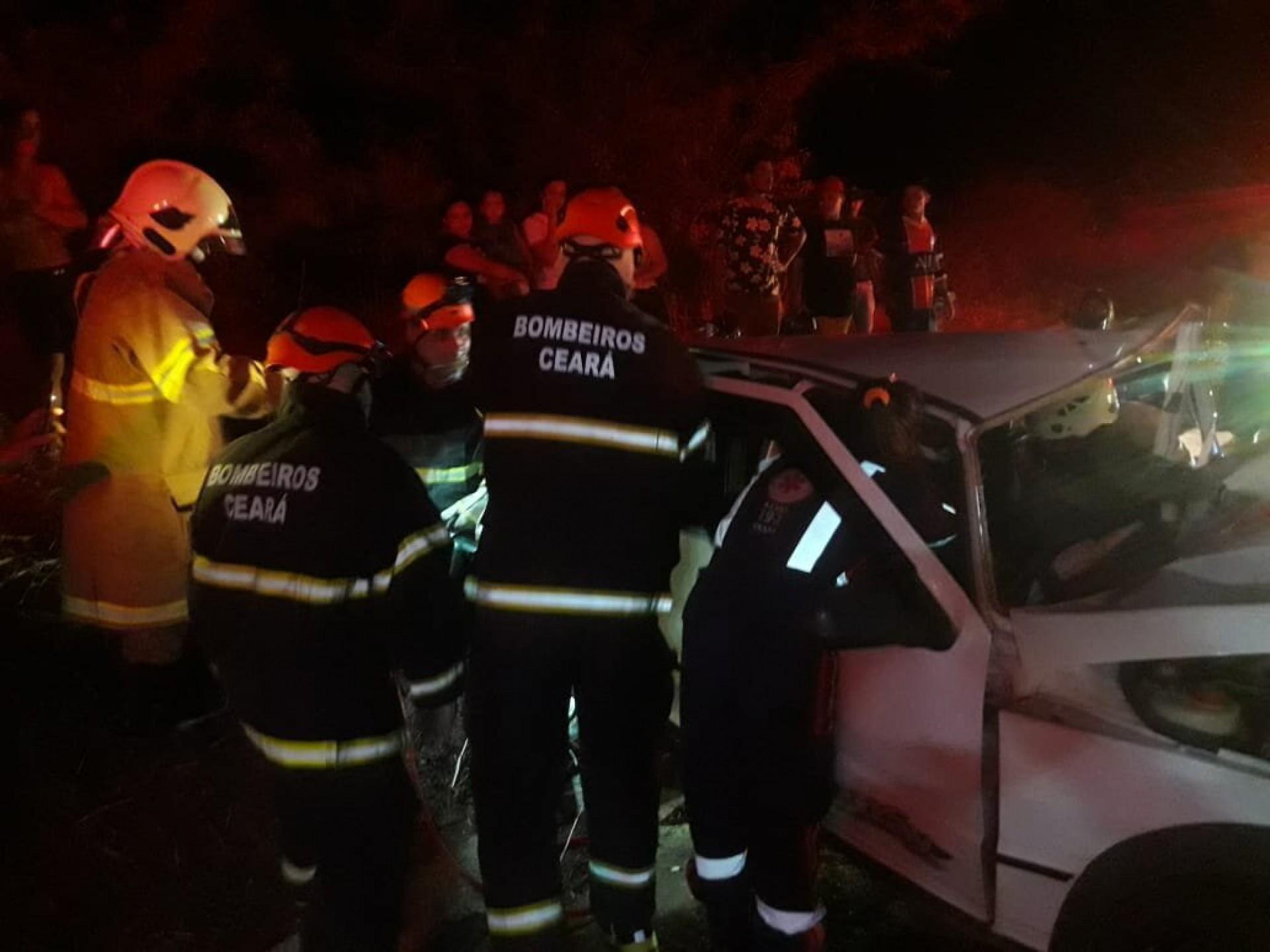 As vítimas possuíam um veículo da marca Fiat