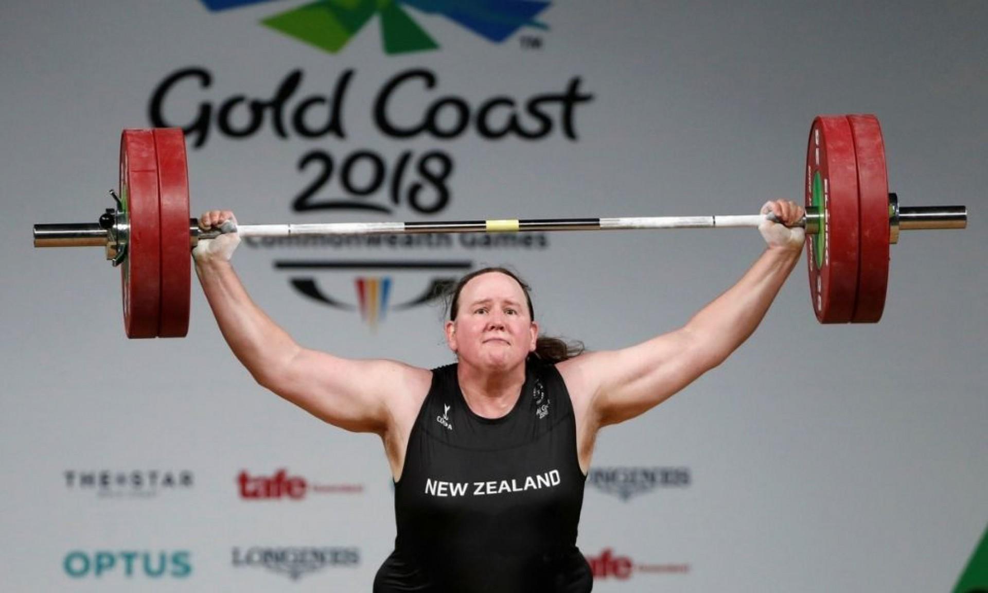 A neozelandesa Laurel Hubbard, de 43 anos, que é a primeira atleta transgênero a disputar uma Olimpíada (Foto: Divulgaçao)