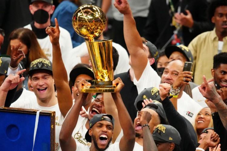 Milwaukee Bucks conquista título da NBA (Foto: )