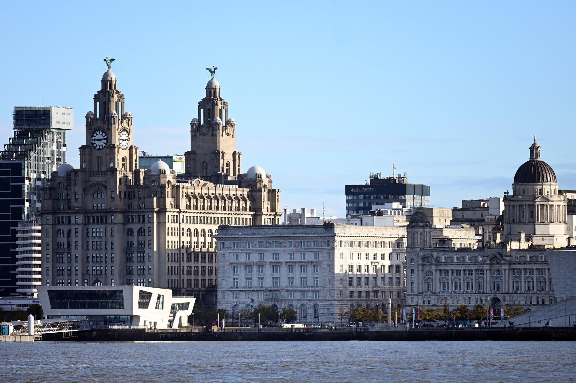 Região visitada por turistas, o Porto de Liverpool foi tirado da lista de Patrimônio Histórico pela Unesco (Foto: Paul ELLIS / AFP)