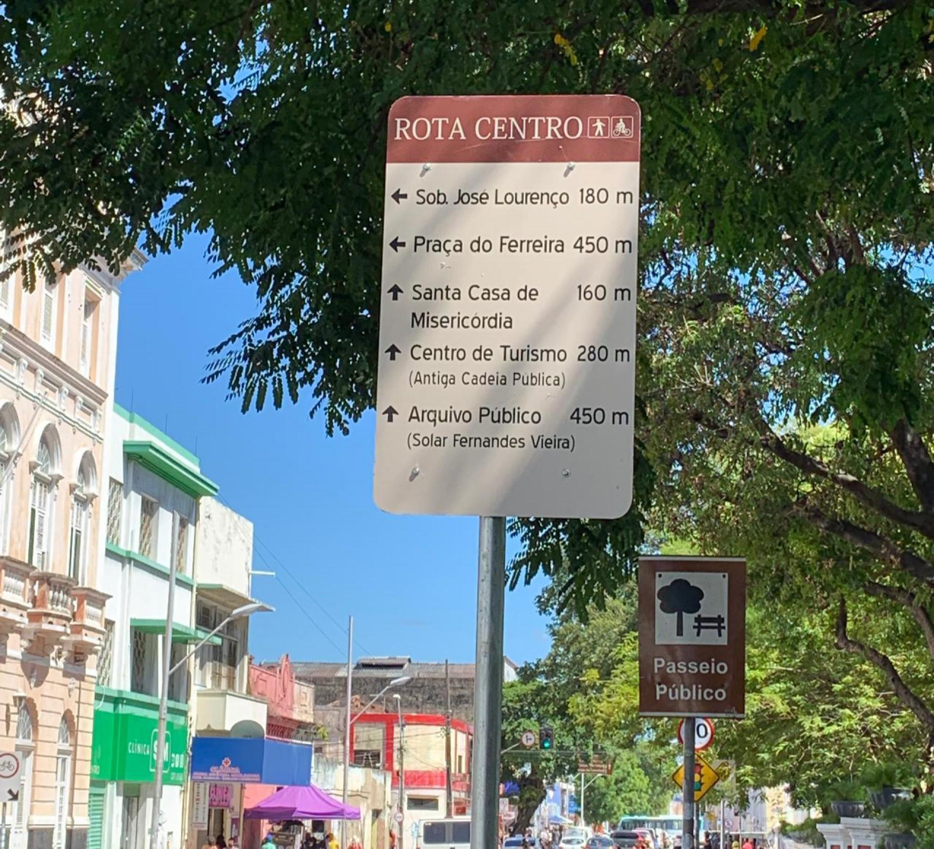 AMC diz que placas têm o objetivo de estimular turismo local (Foto: Gabriel Borges)