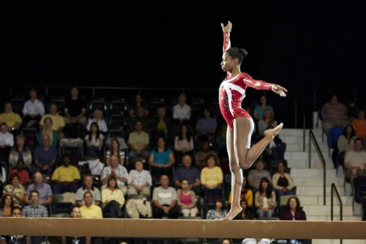 Vitórias De Uma Vida mostra a trajetória da ginasta Gabby Douglas  (Foto: Reprodução / Rede Globo)