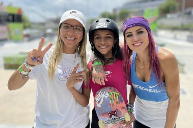 No skate, na categoria street, as brasileiras Pâmela Rosa, Rayssa Leal e Leticia Bufoni são favoritas à medalha de ouro nas Olimpíadas de Tóquio (Foto: Divulgação)