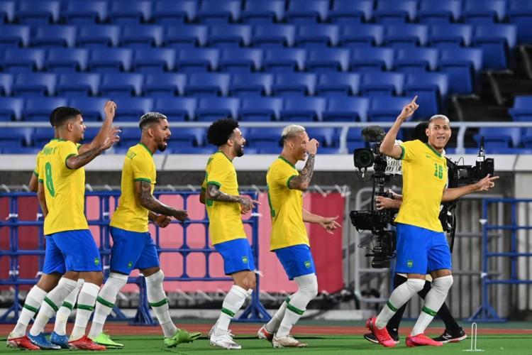 O Brasil enfrenta a Costa do Marfim na manhã deste domingo, 25 de julho (25/07). Saiba onde assistir o jogo da seleção masculina de futebol nas Olimpíadas de Tóquio ( DANIEL LEAL-OLIVAS / AFP) (Foto: DANIEL LEAL-OLIVAS/AFP)
