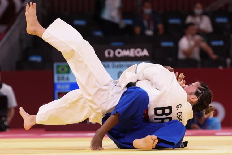 A brasileira Gabriela Chibana venceu na estreia no judô nas Olimpíadas de Tóquio com apenas 15 segundos de luta (Jack GUEZ / AFP) (Foto: Jack GUEZ / AFP)