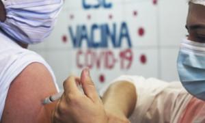 Ceará vacina adolescentes e profissionais do Sistema Socioeducativo