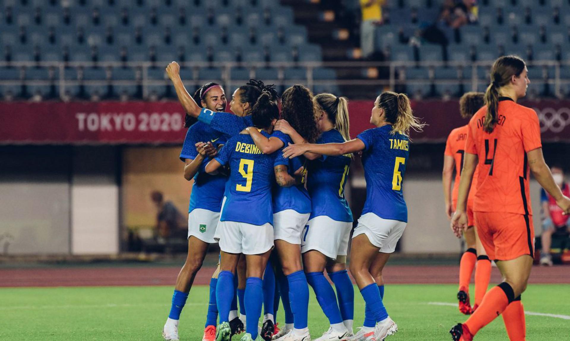 Em jogo de seis gols, Brasil e Holanda empatam no futebol feminino (Foto: SAM ROBLES)