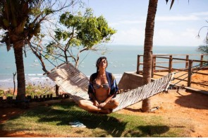 Carolina, a paulistana que veio a passeio, se apaixonou por Icapuí e apostou no segmento do turismo para empreender
